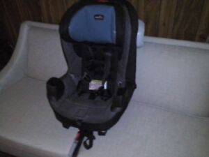 2 child seats - Booster and Baby Seats