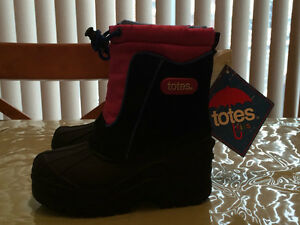 TOTES Childrens Kids Boots Size 8M Brand New
