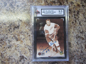 Howe,Richard,Beliveau,Geoffrion,Hull (3) Graded and COA Auto's