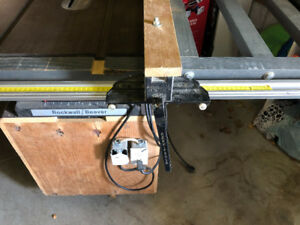 Table saw with Accu Fence