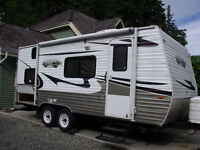 2010 Creekside 18CK travel trailer