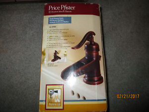 Sink Faucet Price Pfister 42-YP Series