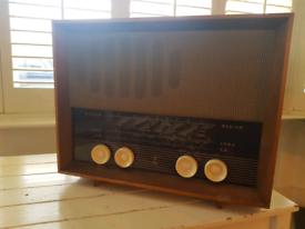 Vintage/Retro/Kitsch Radio (not working)