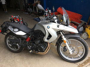 BMW F-650GS - great condition