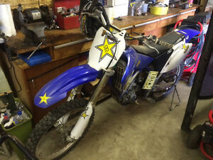 2005 YZ-F 250 for sale cash only no checks (good condition).