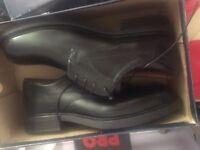 Grosvenor black golf shoes size 9