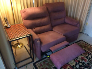 PRICE REDUCED TO $195-RECLINER: TWO-SEAT--MANUALLY OPERATED Peterborough Peterborough Area image 5