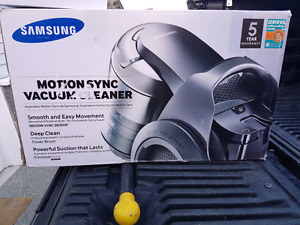 New samsung motion sync canister vacuum $400  CP