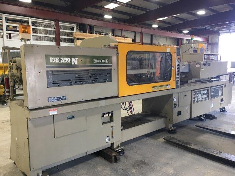 Toshiba ISE250N 250 Ton Injection Molding Machine 9oz Shot Size