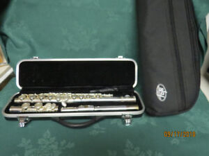 SKY Silver plated Flute with hard and soft case cover