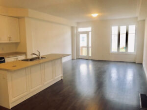 4 BR Home for Rent in Sharon - East Gwillimbury