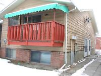 2 Bedrooms Townhouse in forest lawn S.E.