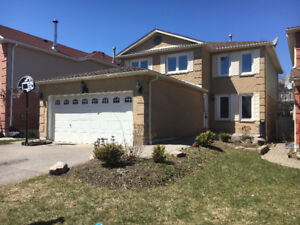 UPDATED AJAX 4-BDRM HOME FOR RENT - BSMT EXCLUDED