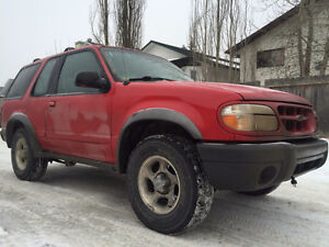 1999 Ford Explorer SUV, Crossover