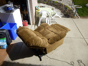 Electric Recliner with Assisted Lift