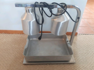 "Portable 20""x14""x18""- 2 Lamp Infra Red Food Warmer with pan"