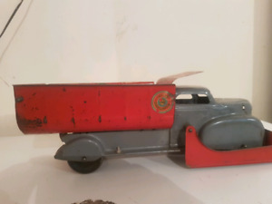 Lumar Marx 1940's  snow plow and other hard to find pressed toys