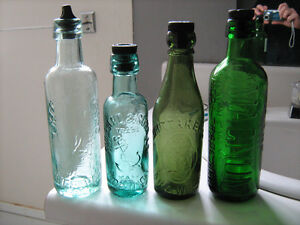 lot vieille bouteilles antiques tres anciennes 1870-1975 Lac-Saint-Jean Saguenay-Lac-Saint-Jean image 8