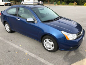 2008 Ford Focus SE Coupe LOW KM