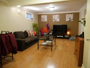 Near Appleby Go - 1 bedroom plus office/den - $1100 all included