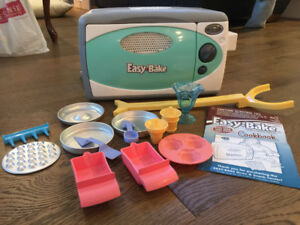 Easy Bake Oven with accessories!