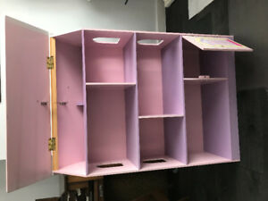 KIDKRAFT DOLLHOUSE/ BOOKCASE