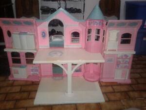 Vintage Barbie House