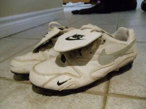 Womens Nike White Baseball Shoes