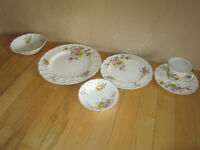 8 piece China 'Old Chelsea'