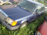 parting out a 1985 mercedes benz 4 door