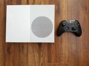 Xbox One S with controller and all hookups