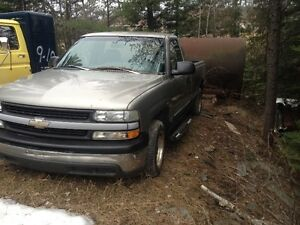 1999 GMC 2 x 4 in good condition