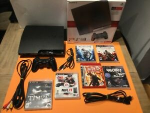 **Ps3 Slim 120gig complète - jeux NHL, COD, Ass Creed etc..-130$