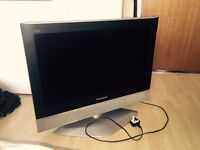 Panasonic viera 26inch television £50 including freeview box/recorder