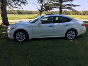2011 Infiniti M37x For sale