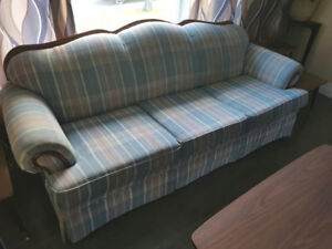 Blue Couch. Come and get it.