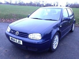 VW Golf V5, 5 door in really good condition with MOT until 17/05/2017 and lots of service history.