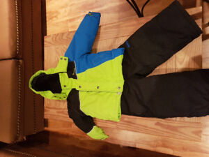 Size 3 Boys oshkosh snowsuit