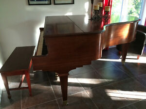 Baby grand piano Kimball couleur acajou