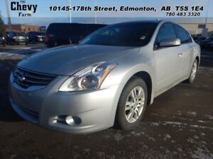 2011 Nissan Altima 2.5S   Heated Leather Seats - Heated Mirrors