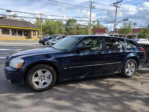 2006 Dodge Magnum Hatchback MUST SELL!!!!!