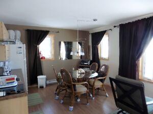 Appartement en location au mois travailleur près Baie-Comeau