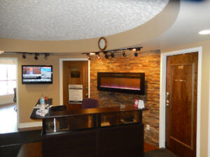 Executive Office Suites In Core Mississauga