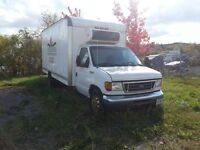 PARTING OUT 2005 FORD E450 CUBE VAN 6.0 LITRE DIESEL