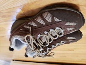 Merrel women hiking shoes