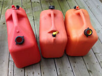 5 Gallon Plastic Fuel/Jerry Cans