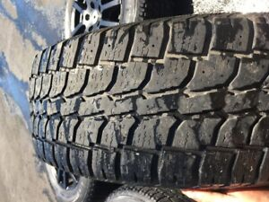 225/70R16 Pneus d'Hiver sur mag, Winter Tires on mag