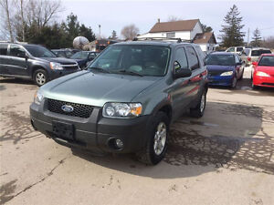 2005 Ford Escape XLT SUV, Crossover London Ontario image 1