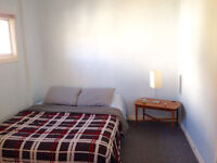 ROOM AVAILABLE AT OXFORD STREET - NEAR DOWNTOWN