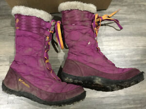 Girls size 3 Columbia winter boots